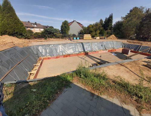 14.09.2020 Vorarbeiten Bodenplatte und Randschalung