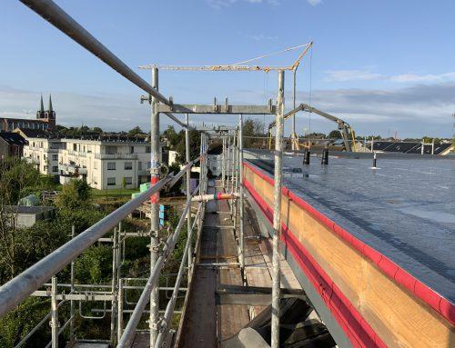 19.08.2021 Das Flachdach ist gedämmt und abgedichtet.